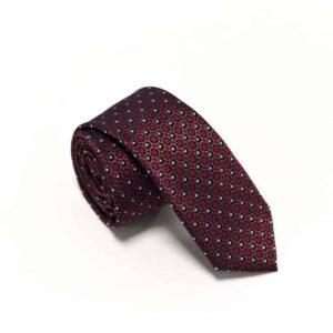 detaljefyldt rødt slips