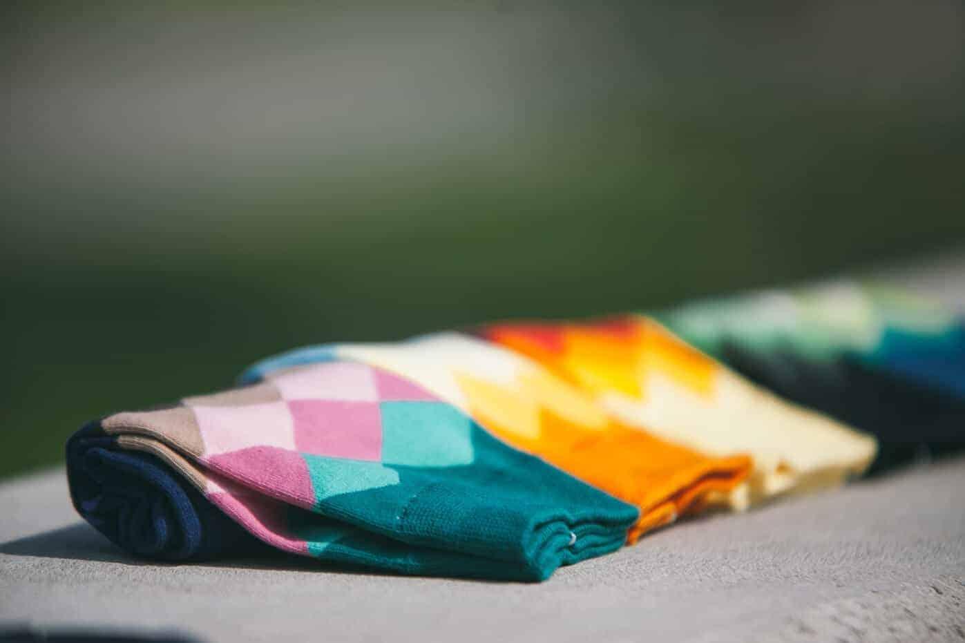 Farvefulde-strømper-002