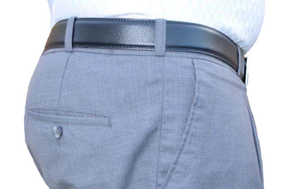 Hold Skjorten i bukserne med en Skjorteholder