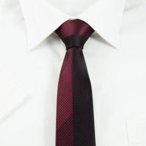 Klassisk slips detaljefyldt