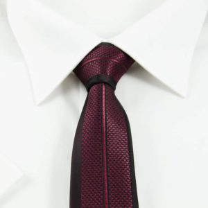 Mønstret slips rødt og sort