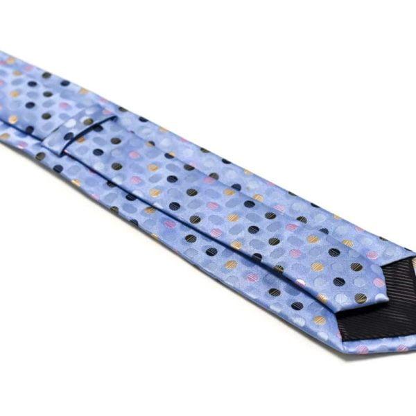Prikket-lyseblåt-slips-med-prikker-i-forskellige-farver2