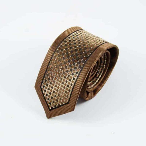 Kastanje brun slips med detaljer og silkekant2