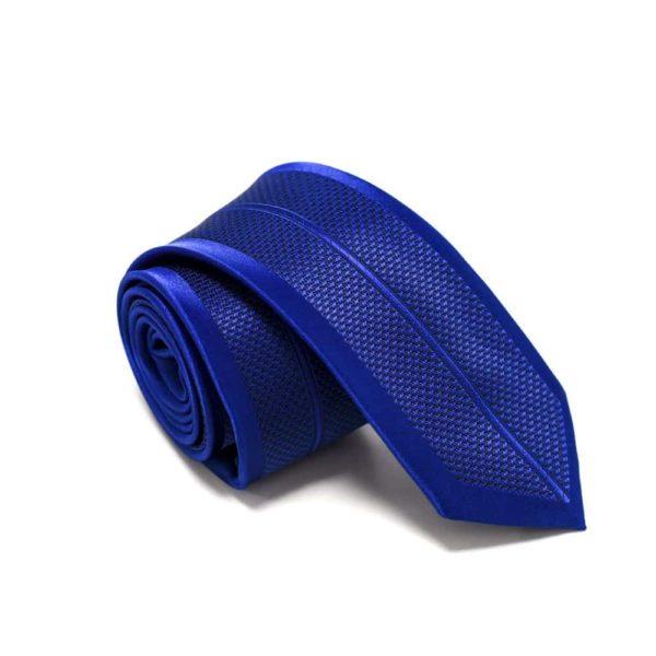 Royal-blå-slips-med-symetrisk-struktur3