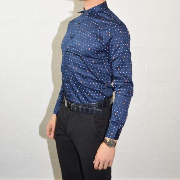 Blaa Skjorte Med Prikker Klassisk