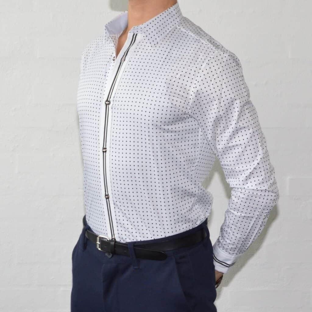 Hvid Skjorte Med Prikker Skjorter