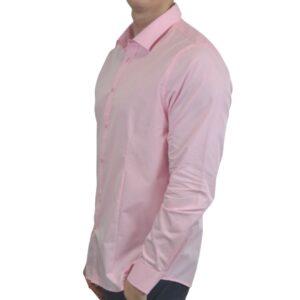 Lyseroed-smoking-skjorte-modern