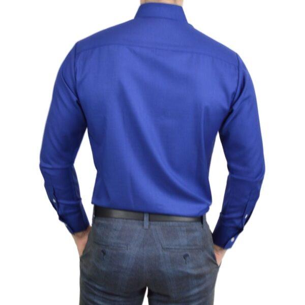 Tailormade-skjorte-blaa-classic-modern