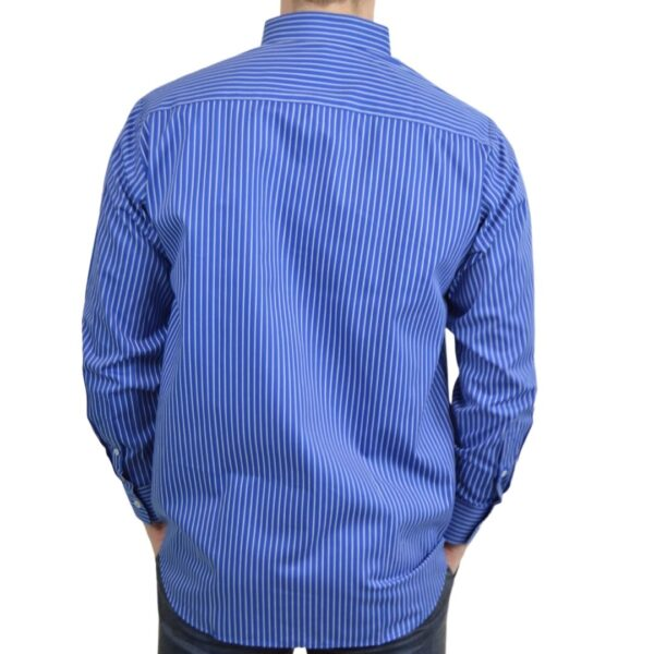 Tailormade-skjorte-blaa-hvid-classic
