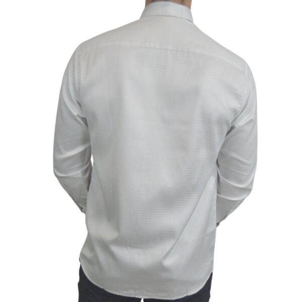 Tailormade-skjorte-hvid-silke-klassisk