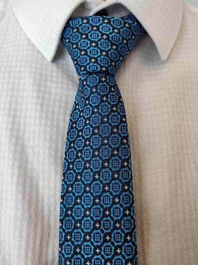 blåt moderne slips fra balderclothes