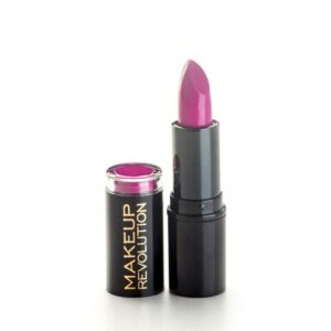 makeup revolution amazing lipstick scandalous crime