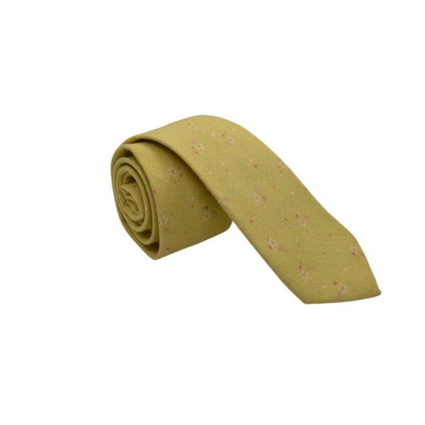 Gult-slips-med-blomst-3